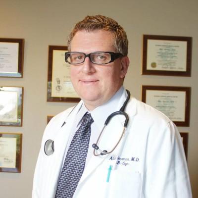 艾伦医生(Dr. Allan Akerman, M.D.)